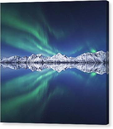 Winter Landscapes Canvas Print - Aurora Square by Tor-Ivar Naess