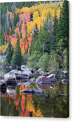 Canvas Print featuring the photograph Autumn At Bear Lake by David Chandler