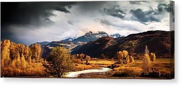 Canvas Print featuring the photograph Autumn Stream In Colorado by Andrew Soundarajan