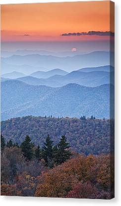 Autumn Sunset On The Parkway Canvas Print by Rob Travis