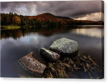 Canvas Print featuring the photograph Autumn Visit by Mike Lang