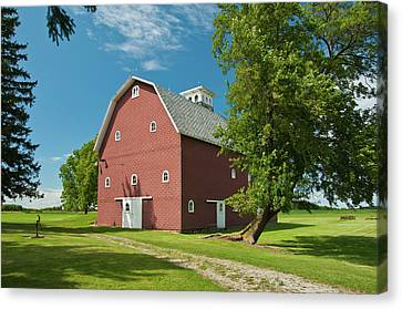 Canvas Print featuring the photograph Babcock Barn 2259 by Guy Whiteley