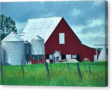 Back To The Barn - Rural Illinois Canvas Print