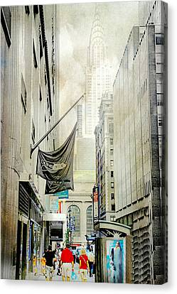 Canvas Print featuring the photograph Back To You by Diana Angstadt
