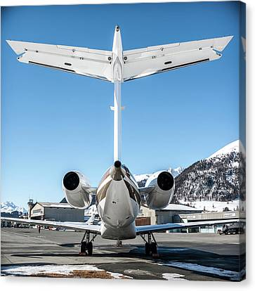 Back View Of This Embraer Legacy 600 Ok-sun Canvas Print by Roberto Chiartano