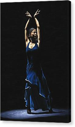 Bailarina A Solas Del Flamenco Canvas Print by Richard Young