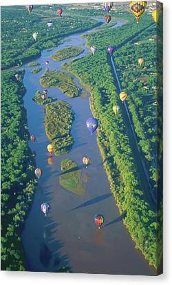 Balloons Over The Rio Grande Canvas Print by Alan Toepfer