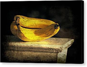 Canvas Print featuring the photograph Bananas Pedestal by Diana Angstadt