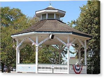 Canvas Print featuring the painting Bandshell In Plymouth, Mass by Rod Jellison