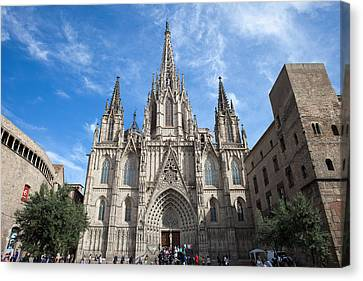 Barcelona Cathedral In Spain Canvas Print by Artur Bogacki