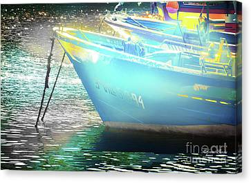 Canvas Print featuring the photograph Barcos by Alfonso Garcia