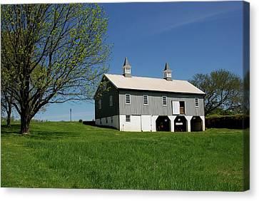 Barn In The Country - Bayonet Farm Canvas Print