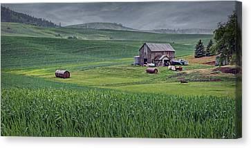 Barn - Rainy Day - Palouse Canvas Print by Nikolyn McDonald
