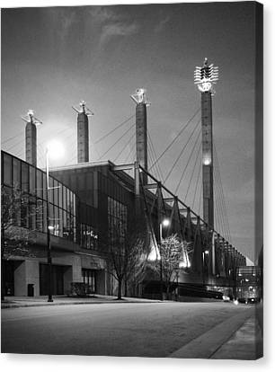 Canvas Print featuring the photograph Bartle Hall by Jim Mathis