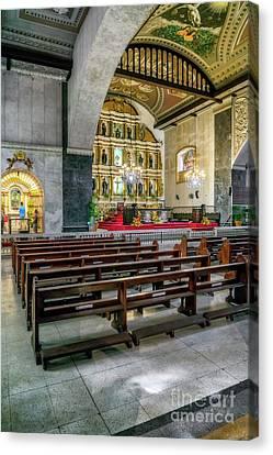 Basilica Minore Del Santo Nino Canvas Print by Adrian Evans