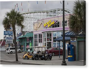 Beach Bums - Myrtle Beach South Carolina Canvas Print by Suzanne Gaff