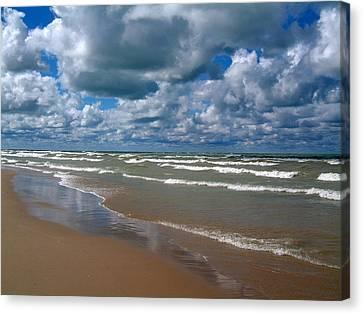 Beach Kincardine Canvas Print by Douglas Pike