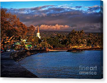 Beach Town Of Kailua-kona On The Big Island Of Hawaii Canvas Print by Sam Antonio Photography