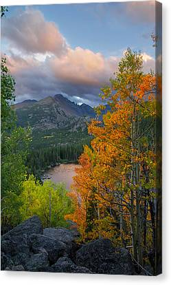 Canvas Print featuring the photograph Bear Lake Autumn by Aaron Spong