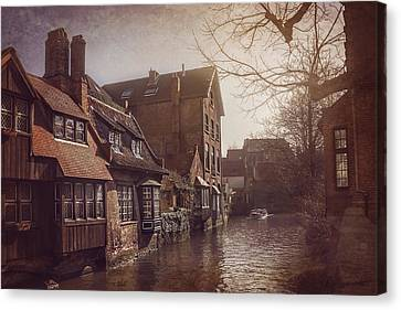 Beauteous Bruges Canvas Print by Carol Japp