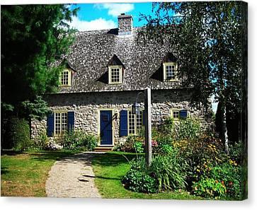 Beautiful Home ... Canvas Print