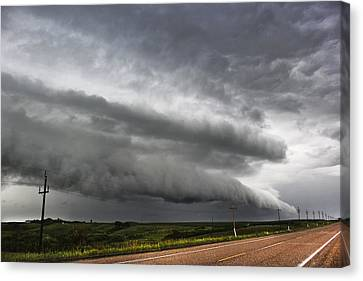 Canvas Print featuring the photograph Beautiful Shelf Cloud by Ryan Crouse