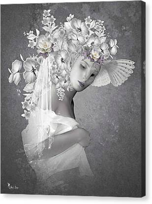 Beauty In The Eye Canvas Print