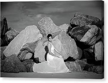 Beauty On The Rocks Canvas Print