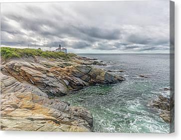 Beavertail Lighthouse On Narragansett Bay Canvas Print