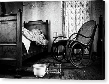 Canvas Print featuring the photograph Bed Room Rocking Chair - Abandoned Building Bw by Dirk Ercken