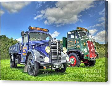 Bedford Dropside Tipper Canvas Print by Catchavista