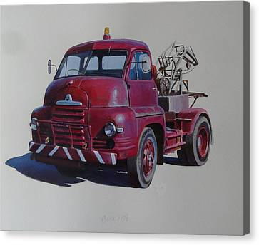 Bedford S Type Wrecker. Canvas Print by Mike  Jeffries