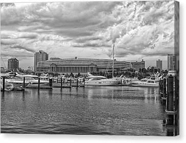 Before The Spring Storm Chicago Soldier Field Bw Canvas Print by Thomas Woolworth