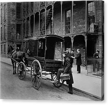 Bellevue Hospital Ambulance 1895 Canvas Print