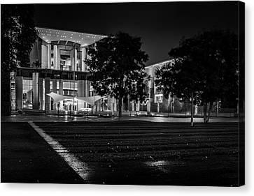 Berlin At Night - Chancellery - Kanzleramt Canvas Print by Colin Utz