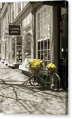 Bicycle With Flowers - Nantucket Canvas Print by Henry Krauzyk