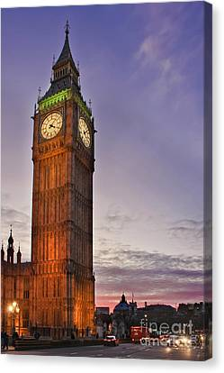 Canvas Print featuring the photograph Big Ben Twilight In London by Terri Waters