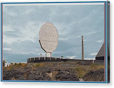 Big Nickel Built In 1964 Cost Cad35000 At That Time Sudbury And Copper Cliff Canvas Print