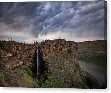 Canvas Print featuring the photograph Billy Chinook Falls by Cat Connor