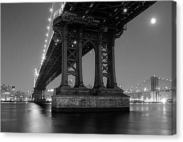 Black And White - Manhattan Bridge At Night Canvas Print by Gary Heller