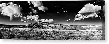 Black And White Panorama Of The Ghost Ranch Area A Tribute To The Master - Abiquiu New Mexico Canvas Print by Silvio Ligutti