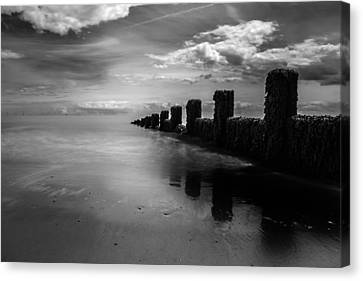 Black And White Seascape Canvas Print by Martin Newman