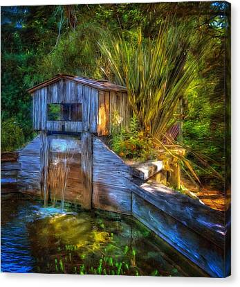 Canvas Print featuring the photograph Blakes Pond House by Thom Zehrfeld