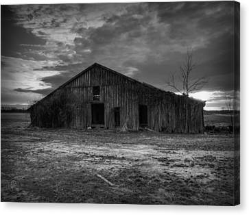 Blighted Barn 003 Bw Canvas Print by Lance Vaughn