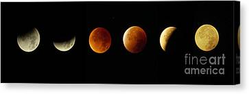 Blood Moon Phases Canvas Print by Rudi Prott