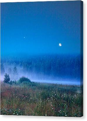 Canvas Print featuring the photograph Blue Evening by Vladimir Kholostykh