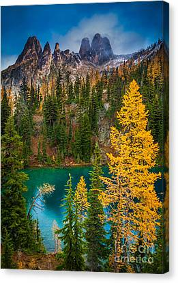 Blue Lake And Early Winter Spires Canvas Print by Inge Johnsson