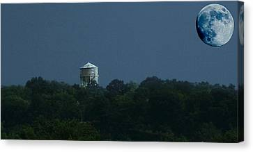 Blue Moon Over Zanesville Water Tower Canvas Print