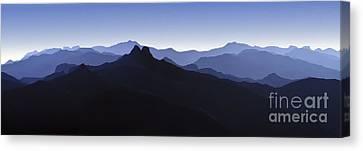 Canvas Print featuring the photograph Blue Ridge Mountains. Pacific Crest Trail by David Zanzinger