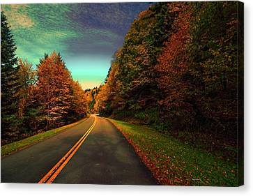 Blue Ridge Pkwy Canvas Print by Dennis Baswell